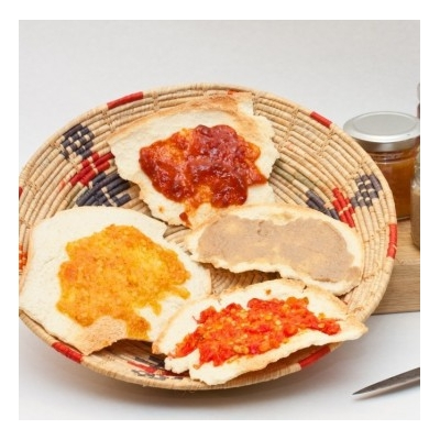 Crostini di Pane Bistoccu e Prodotti Tipici